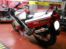 Yamaha RD 500 - escapes Jl - Valvulas YPVS - Carburacion